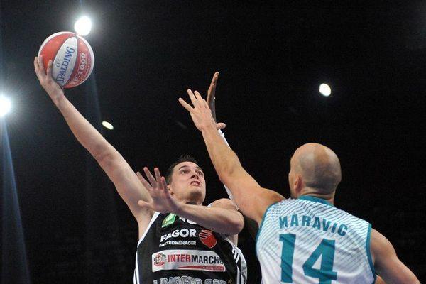 CSP Limoges contre Pau-Orthez (ici en 2010), une classique du basket français à laquelle les Toulousains ont pu assister