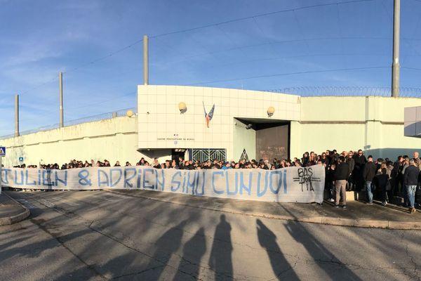 26/11/16  -Rassemblement devant le centre pénitentiaire de Borgo