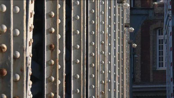 Détails des rivets du pont Colbert de Dieppe