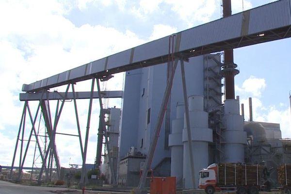 Alimentée par les souches de Smurfit Kappa, cette chaudière électrique à biomasse est la plus grande de toute l'Europe de l'Ouest.