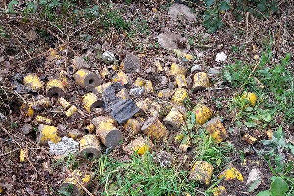 Les boîtes de plomb découvertes à Brennilis arboraient le logo radioactif
