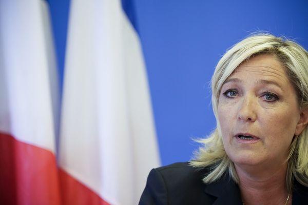 Marine Le Pen, lors d'une conférence de presse à Nanterre (Hauts-de-Seine), le 25 juin 2014.