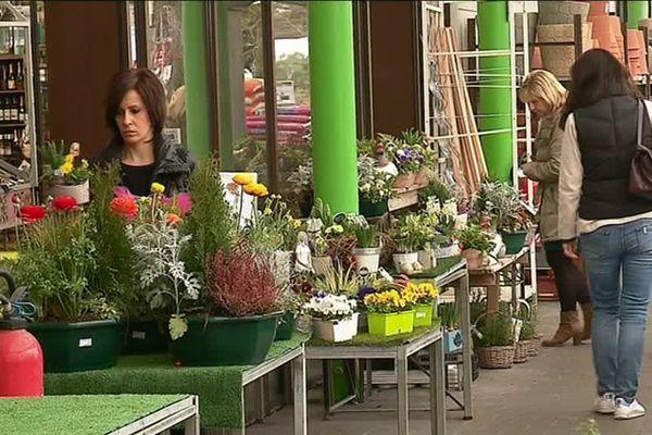 Début mars, c'est l'affluence dans les jardineries, avec trois semaines d'avance