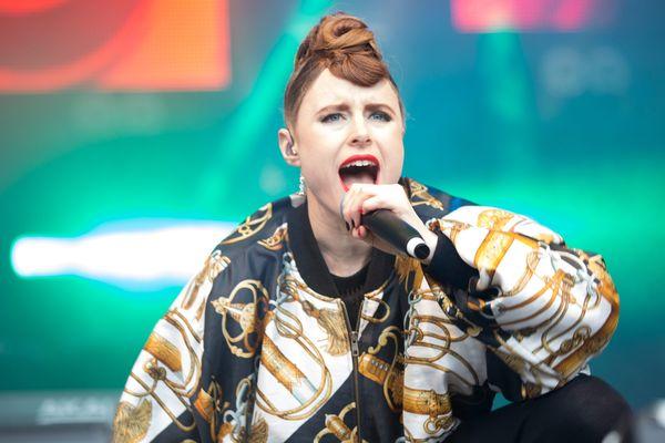 La chanteuse canadienne Kiesza sera la première tête d'affiche du Howl Festival.