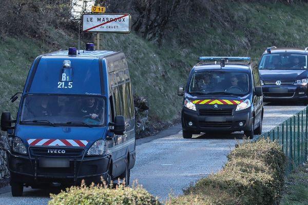 Le 29 mars, le convoi de gendarmerie s'est rendu à Cruet, dans le col de Marocaz, l'endroit même où les restes du caporal Noyer avaient été retrouvés le 12 janvier.