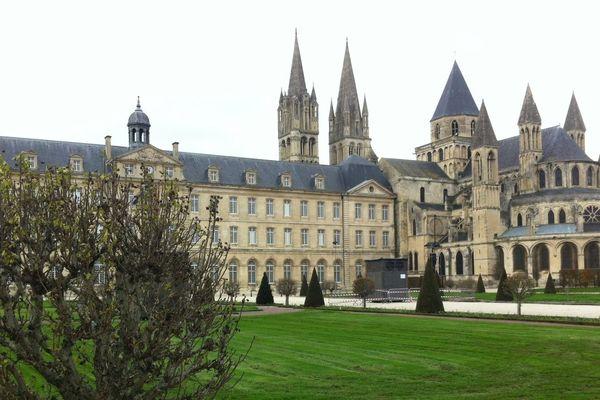 L'hôtel de ville de Caen