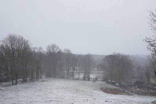 Les 4 départements auvergnats sont en vigilance jaune neige/verglas ce dimanche 29 mars. (Photo d'illustration)