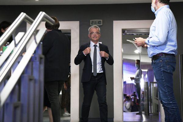 François Bonneau après l'annonce de sa réélection ce dimanche 27 juin.