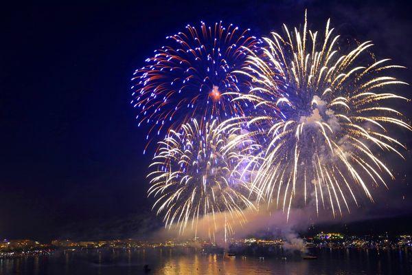 Le feu d'artifice aura lieu à minuit à Cannes.