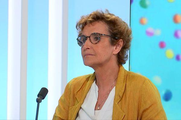 Le Professeur Isabelle Durieu, , responsable du centre de référence mucovisdose de Lyon Sud, est également Coordinatrice de la filière nationale mucoviscidose.