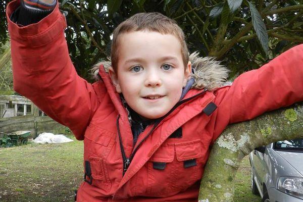 Lilian 9 ans a réalisé son rêve : jeter une bouteille à la mer.... et il a reçu une réponse !!!
