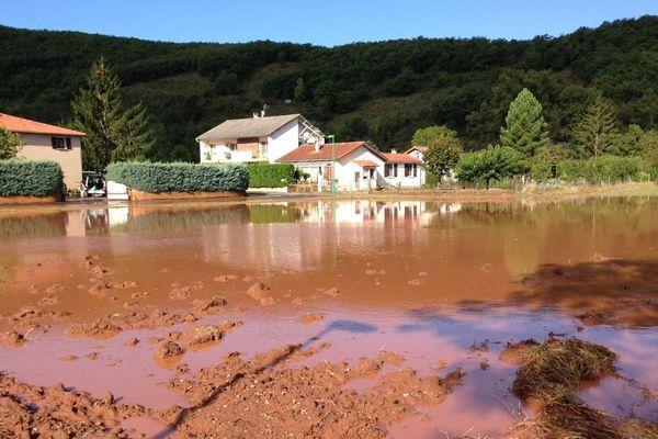 Inondations à Vabres-l'abbaye dans l'Aveyron