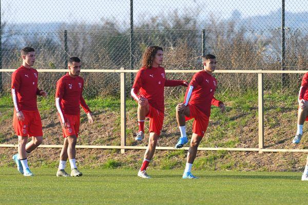 Les joueurs du Nîmes Olympique, la saison dernière.