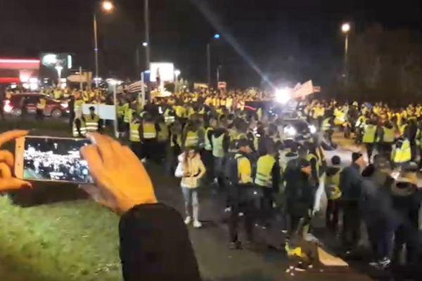 Une foule impressionnante rassemblée à Langueux