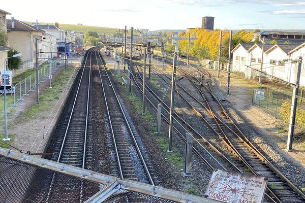 Un accident de travail mortel est survenu, mercredi 21 octobre, sur le quai de la gare d'Epernay dans le cadre d'un chantier de rénovation.
