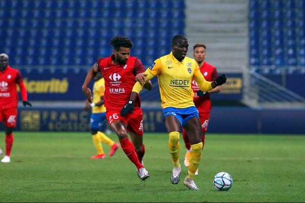 Kevin Tapoko et Florentin Pogba (FCSM).
