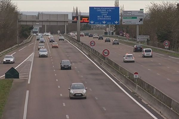 A Reims, si l'on ne passe pas par le contournement sud, on ne roule plus sur l'autoroute A4 mais sur la voie Taittinger.