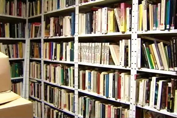 """Ces ouvrages vont être expédiés en Algérie, grâce à l'Association """"Un livre une vie"""""""