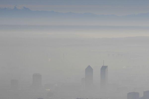 """fin des alertes """"""""pollution de l'air à l'ozone"""""""" dans les bassins lyonnais et grenoblois"""