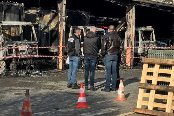 L'incendie d'Enedis à Seyssinet-Pariset (Isère) est le dernier en date revendiqué par la mouvance anarcho-libertaire.