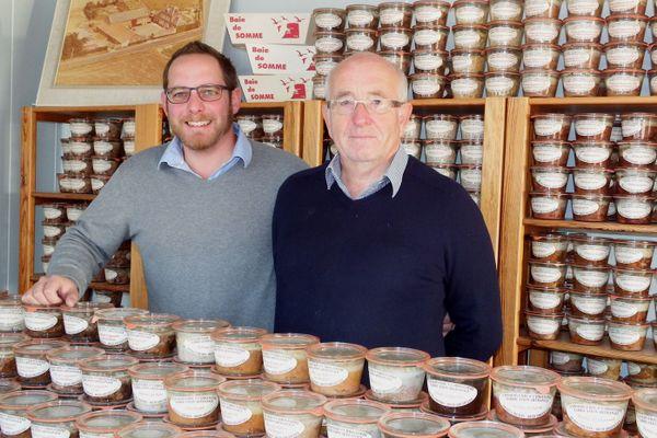 Simon, patron de la Conserverie Saint Christophe et son père Eric, sont des habitués du Salon de l'Agriculture.