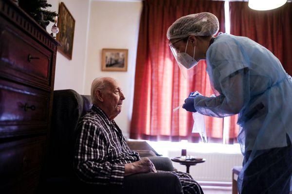 Depuis le début de l'épidémie, 13 des 120 pensionnaires sont décédés dans cette maison de retraite de Jette en Belgique.