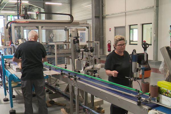 Limoux (Aude) - Jusqu'à 50 000 bouteilles sortent de cette usine chaque jour - 07.07.20