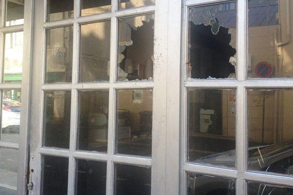 Dans la soirée du dimanche 1er novembre 2015, des coups de feu ont été tirés dans le quartier de la gare à Clermont-Ferrand.