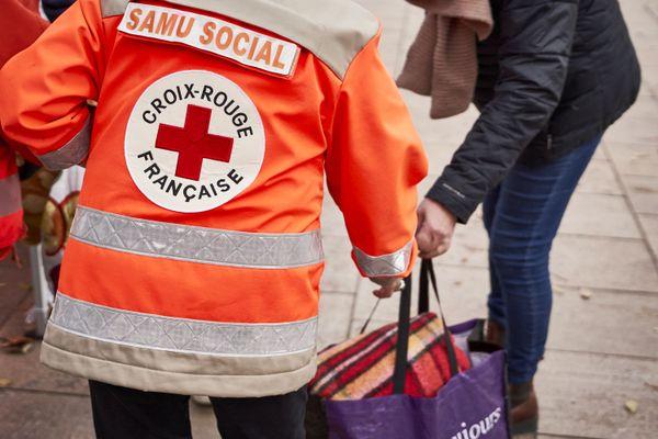 En quelques jours, plus de 800 duvets destinés aux personnes sans-abri ont été collectés dans le Gard.