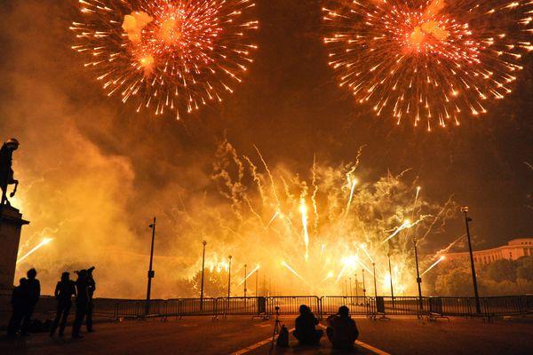 Un pont barré à Paris pour le feu d'artifice du 14 juillet. (image d'illustration)
