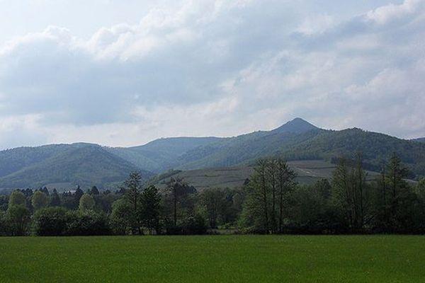 Ballons des Vosges vus depuis la Plaine d'Alsace