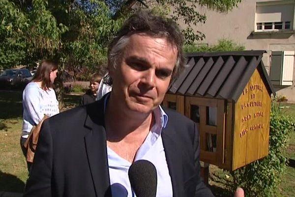 L'écrivain Alexandre Jardin soutient les cabanes à livres qui font des petits en Haute-Saône