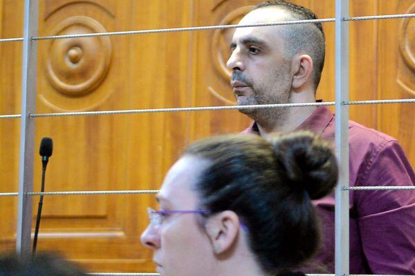 Kamel Bousselat et son avocate aux assises du Gard à Nîmes le 13 juin 2016