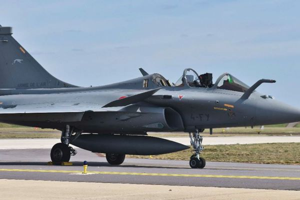 Un avion de type Rafale