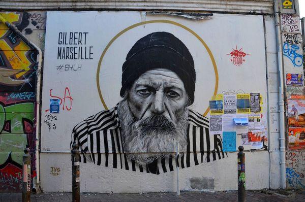 A proximité du Cours Julien, de nombreuses œuvres urbaines ont été réalisées.