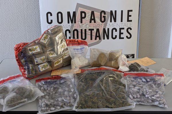Herbe, résine, mélange huile/résine de cannabis et 4000 euros en liquide ont été saisis par la Gendarmerie de la Manche