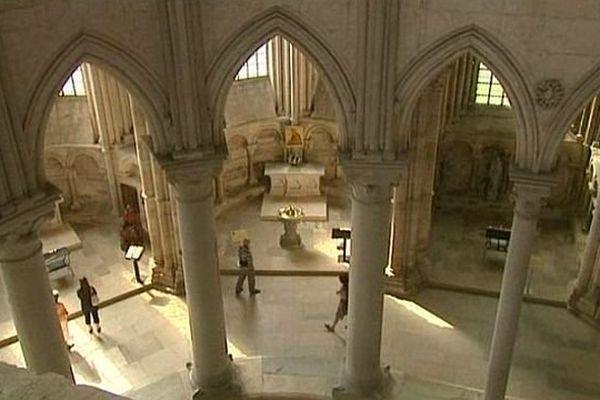 Vue intérieure de la basilique de Vézelay