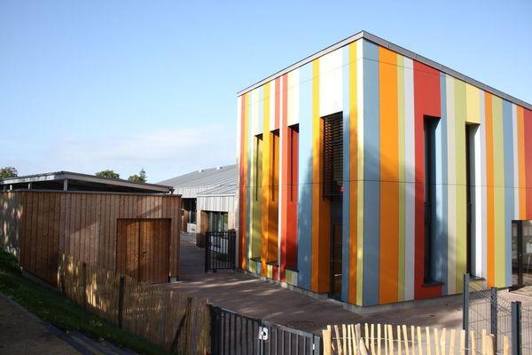 La Canopé : 1460 m2 dédiés à l'enfance et aux services sociaux.
