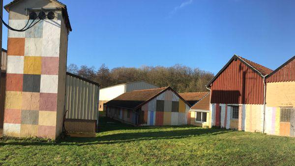 Le moulin à couleurs du hameau Belle fontaine à Ecordal dans les Ardennes, une terre riche en histoires