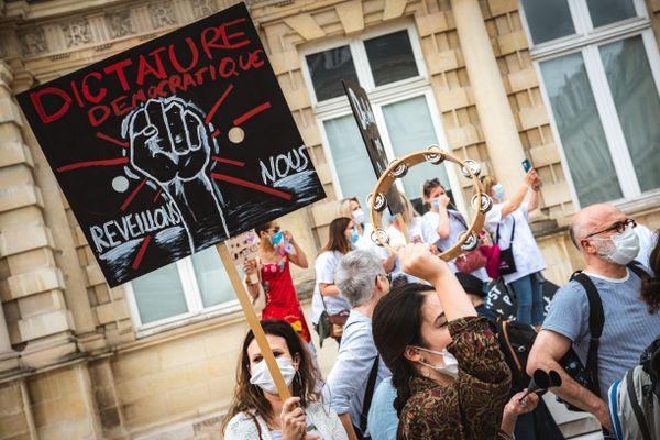Manifestation de soignants à Reims.