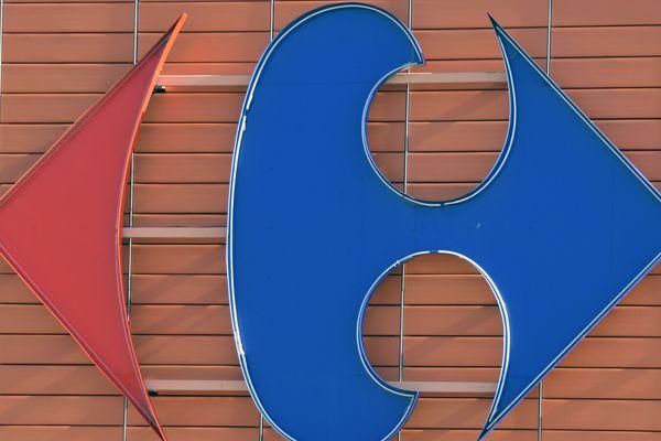 Contrairement à ce qui circule sur Facebook et WhatsApp, Carrefour n'offre pas de bon d'achat de 250 euros pour célébrer son 61e anniversaire. Attention ! Il s'agit d'une arnaque !