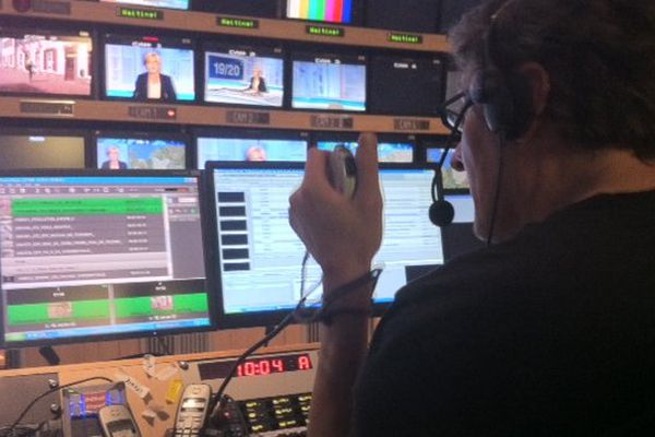 La régie de France 3 Haute-Normandie en plein journal ! Pascal notre script donne le top !