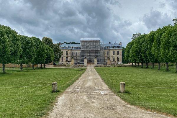 Les allées du château de Vaux