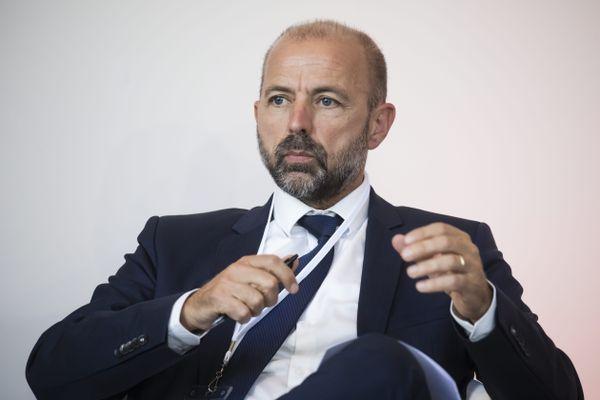 En décembre dernier, le maire PS de Bourg-en-Bresse (Ain) avait déjà attaqué Laurent Wauquiez sur la gestion des comptes de la région dédiés à la communication