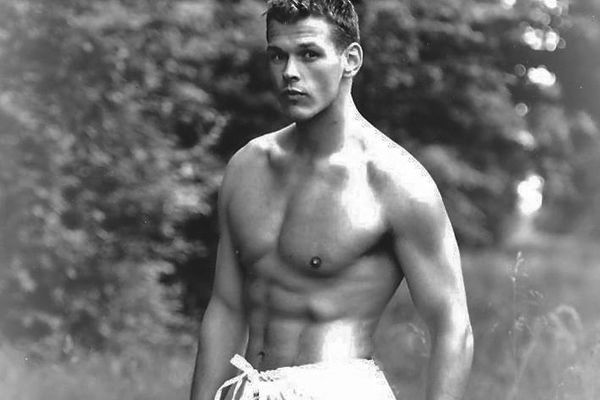 Jérôme Tschirhart a été prof de fitness et mannequin, avant de replonger, puis de se relever.