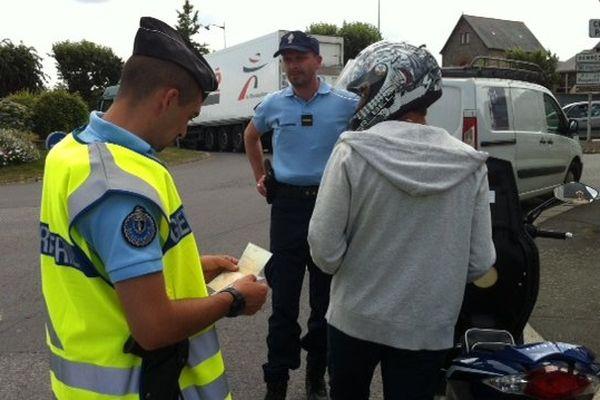 Contrôle routier dans le centre de la Guerche-de-Bretagne (35)