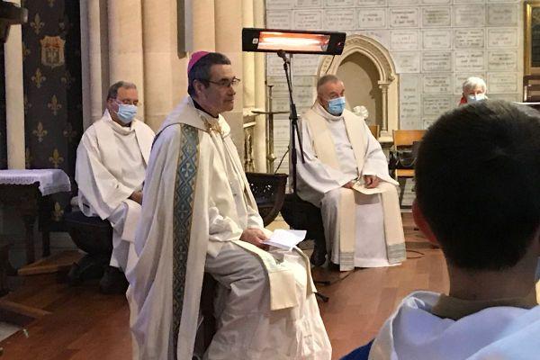 Monseigneur Jacques Habert, nouvel évêque de Bayeux-Lisieux, ce dimanche matin en la basilique de Douvres-la-Délivrande