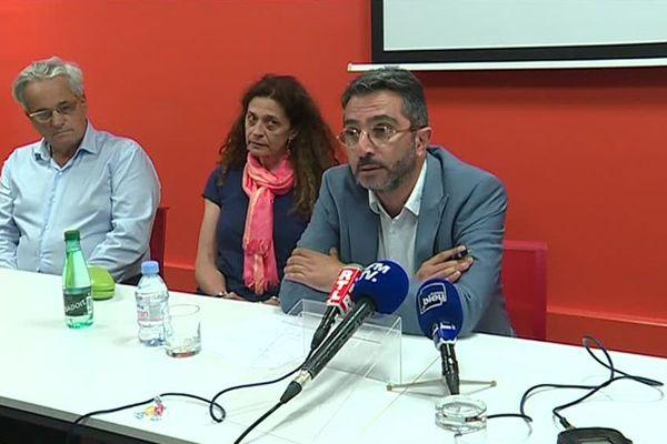 Les parents et l'avocat de Maxime Peugeot, Hervé Gerbi, le 24 mai 2018 à Nantes