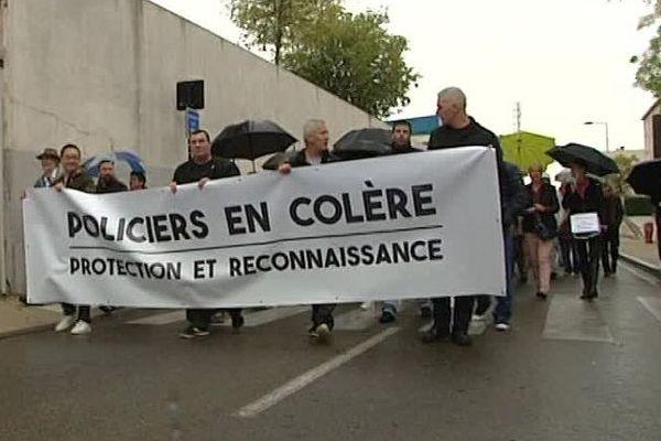 Nîmes - manifestation des policiers - 26 octobre 2016.