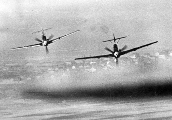 Deux Messerschmitt Bf109 en en vol (photo non datée).